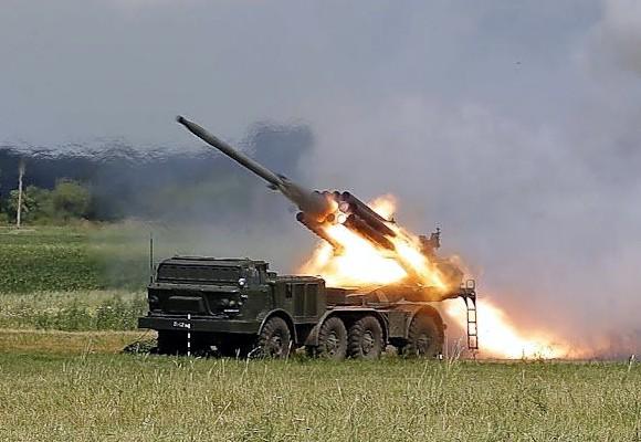 Террористы впервые применили против украинских военных систему залпового огня «Ураган»