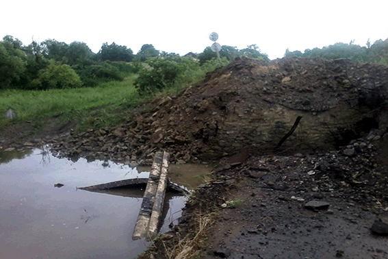Подрыв моста в Луганской области квалифицировали как теракт