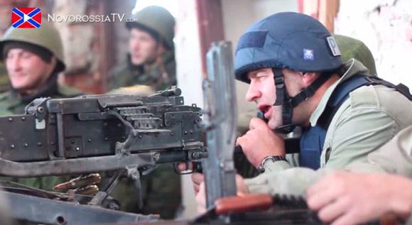 Пореченков уже оправдывается: якобы кадры с пулеметом были постановочные, а патроны — холостые