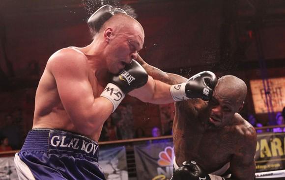 Бой между украинским боксером и американцем Маликом Скоттом не выявил победителя