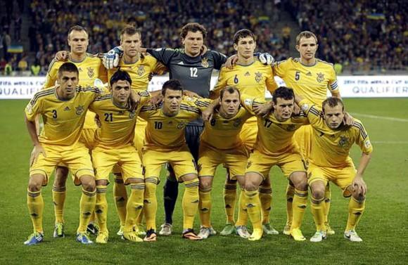 http://www.20khvylyn.com/netcat_files/94/114/Ukraina_komanda__580__0.JPG